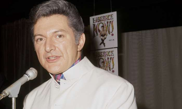 What did Liberace die of? Entertainer's controversial ...