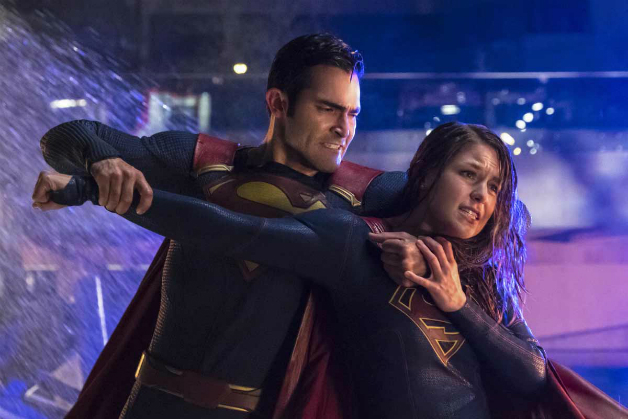 Supergirl season 2 finale live online: Tyler Hoechlin teases Superman and Kara's fight