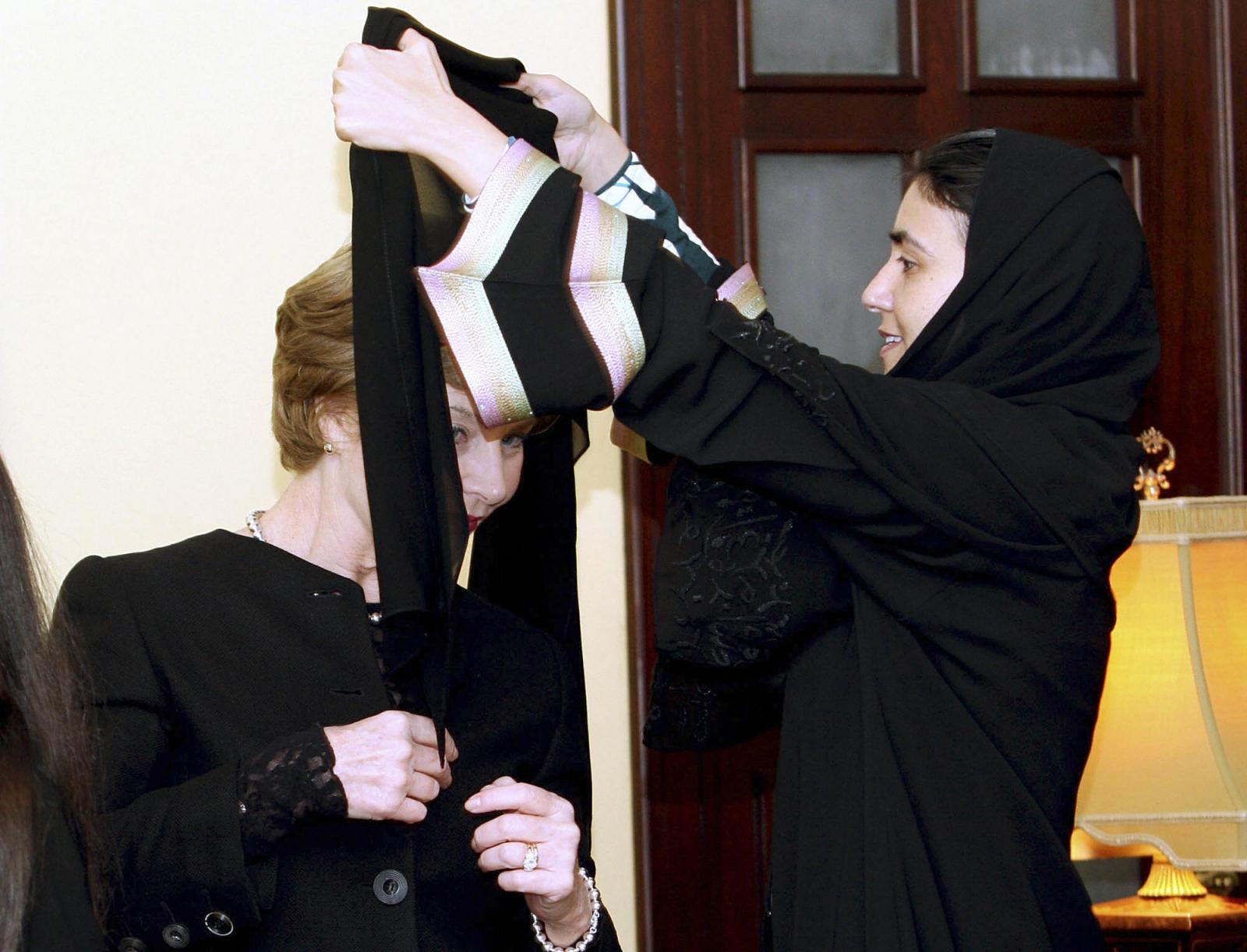 Laura Bush dons veil