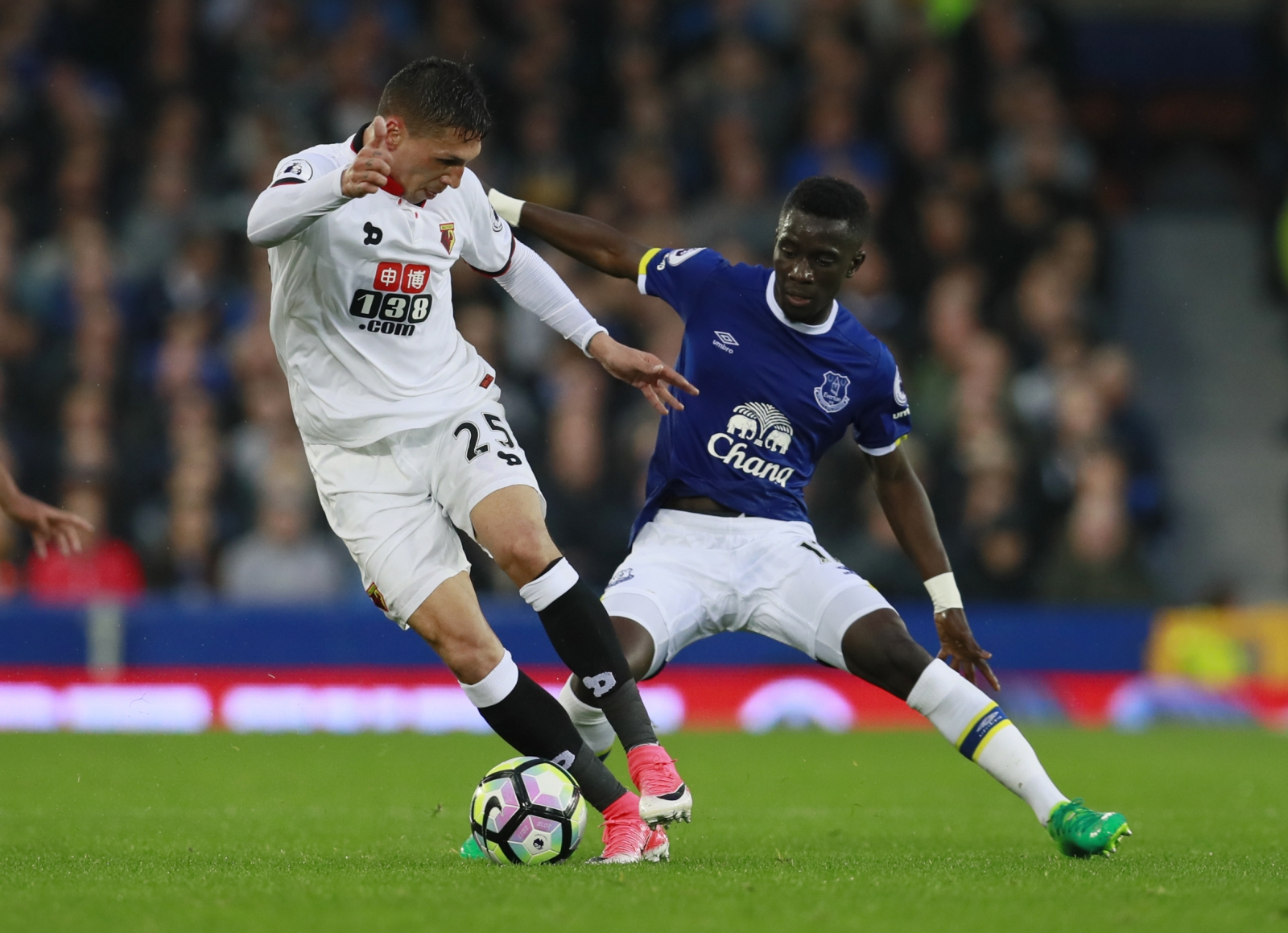 Koeman says Everton to make Barkley statement on Monday