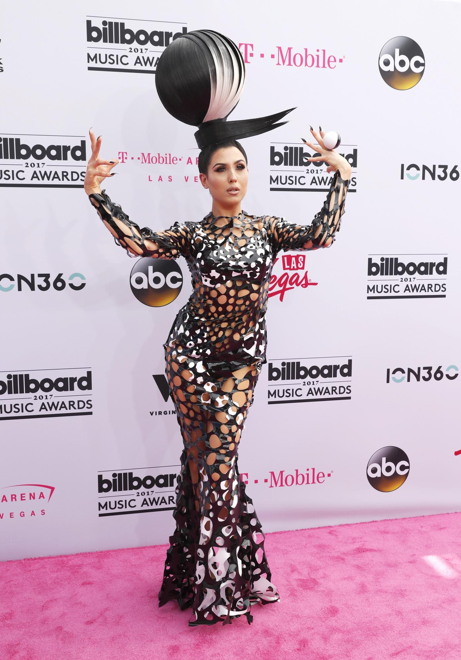Rita Ora Mtv Video Music Awards Red Dress Designer