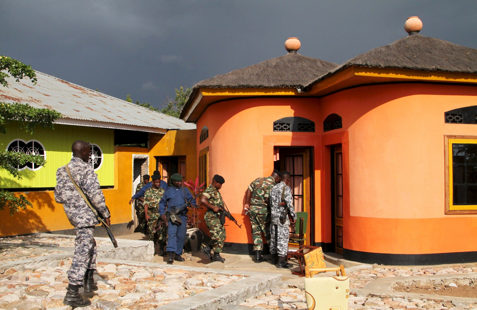 Burundi police search operations