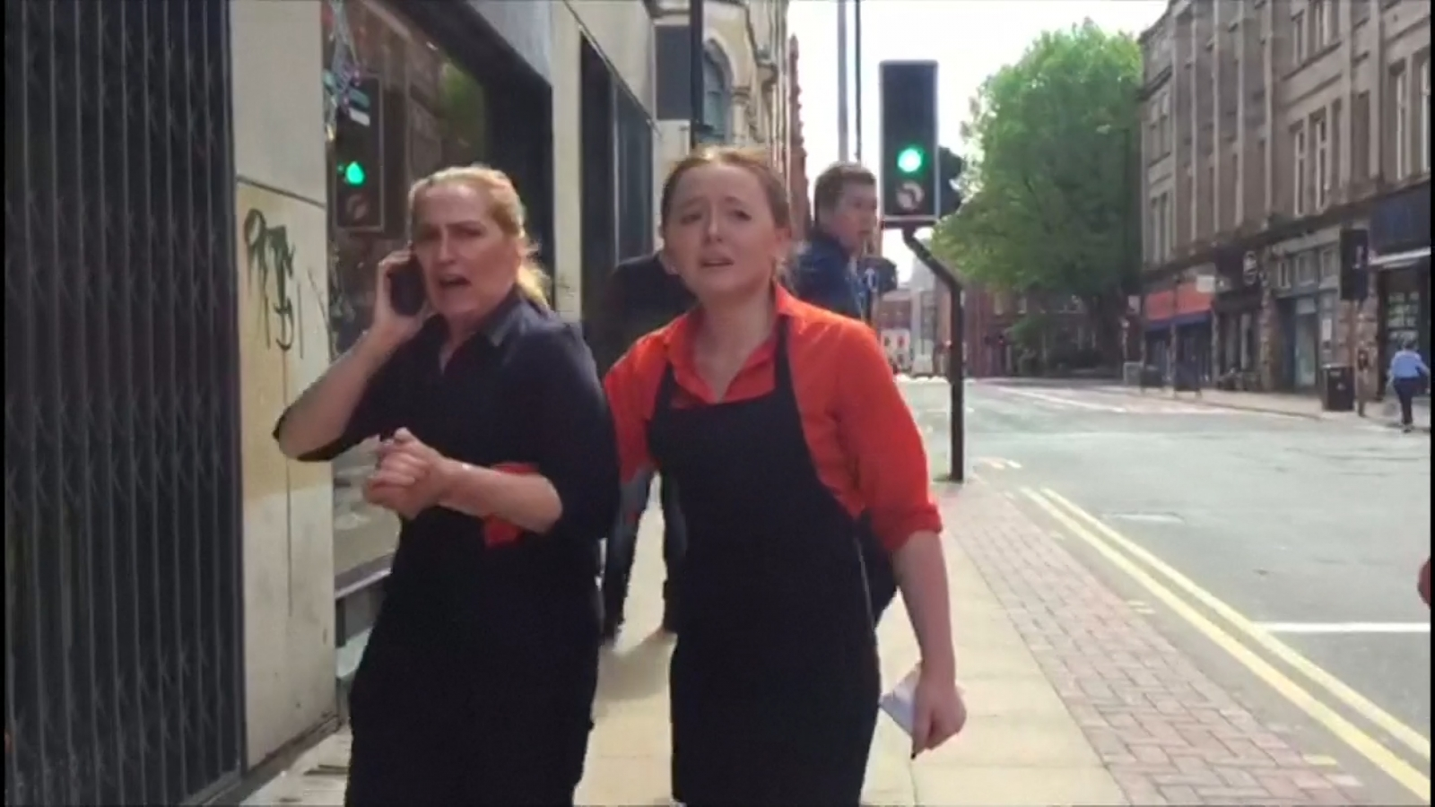 manchesters-arndale-shopping-centre-evacuated