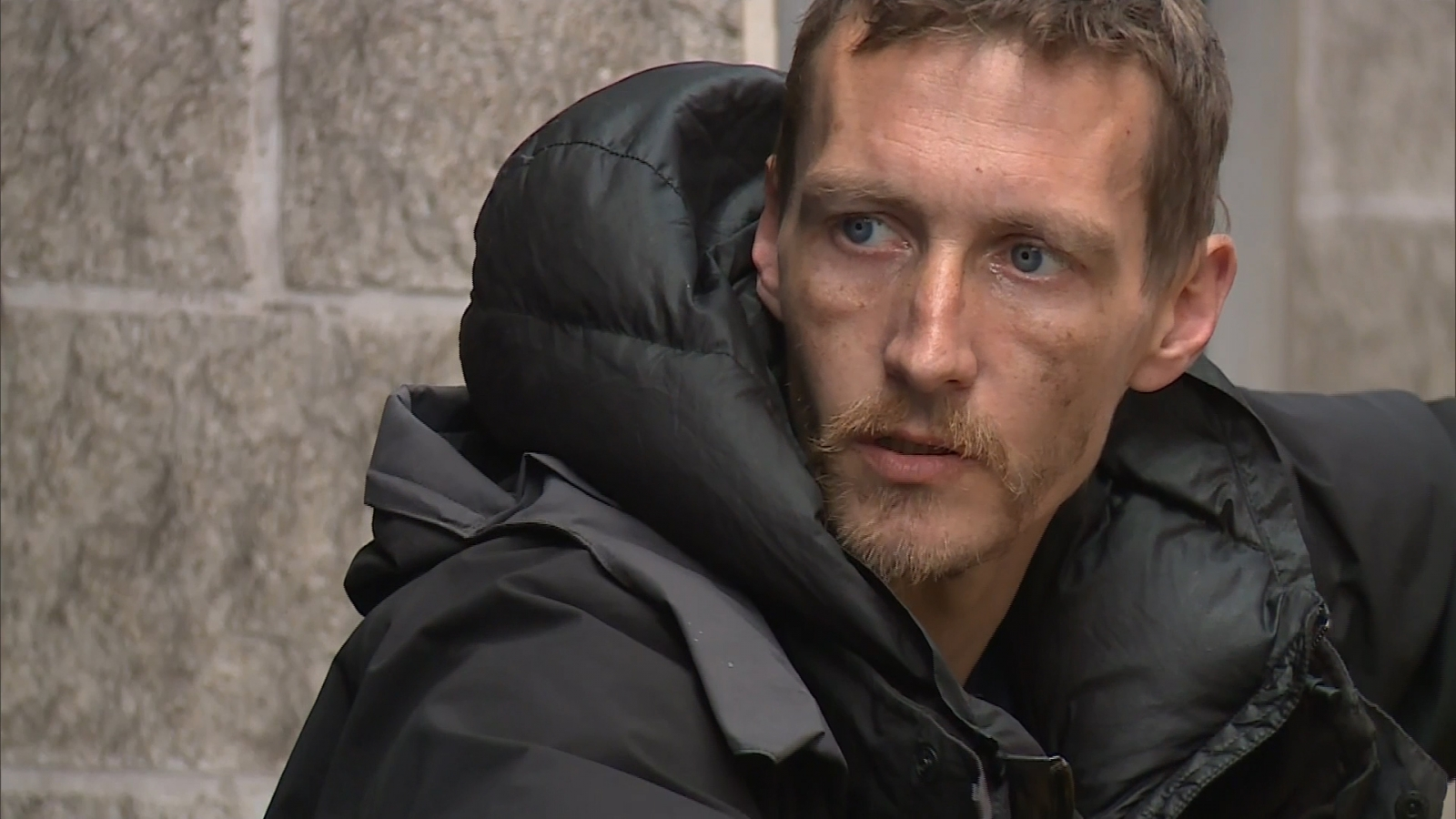 Homeless man attacks celebrity net