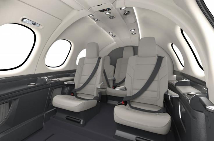 Cirrus private aircraft