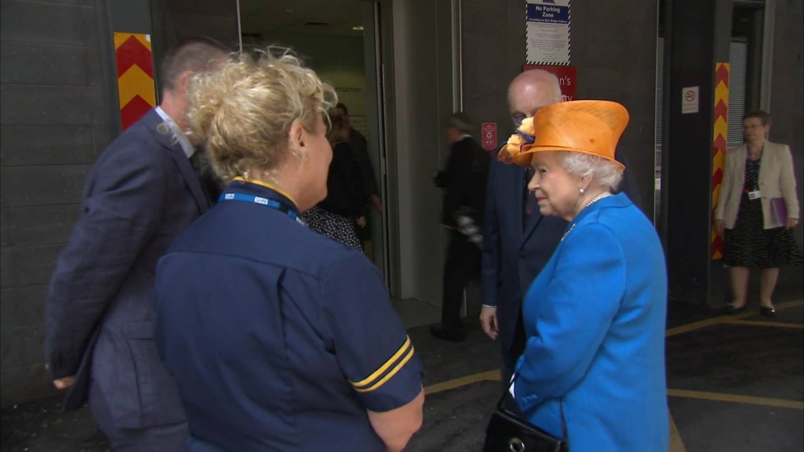 The Queen arrives at Manchester Hospital to meet victims and staff