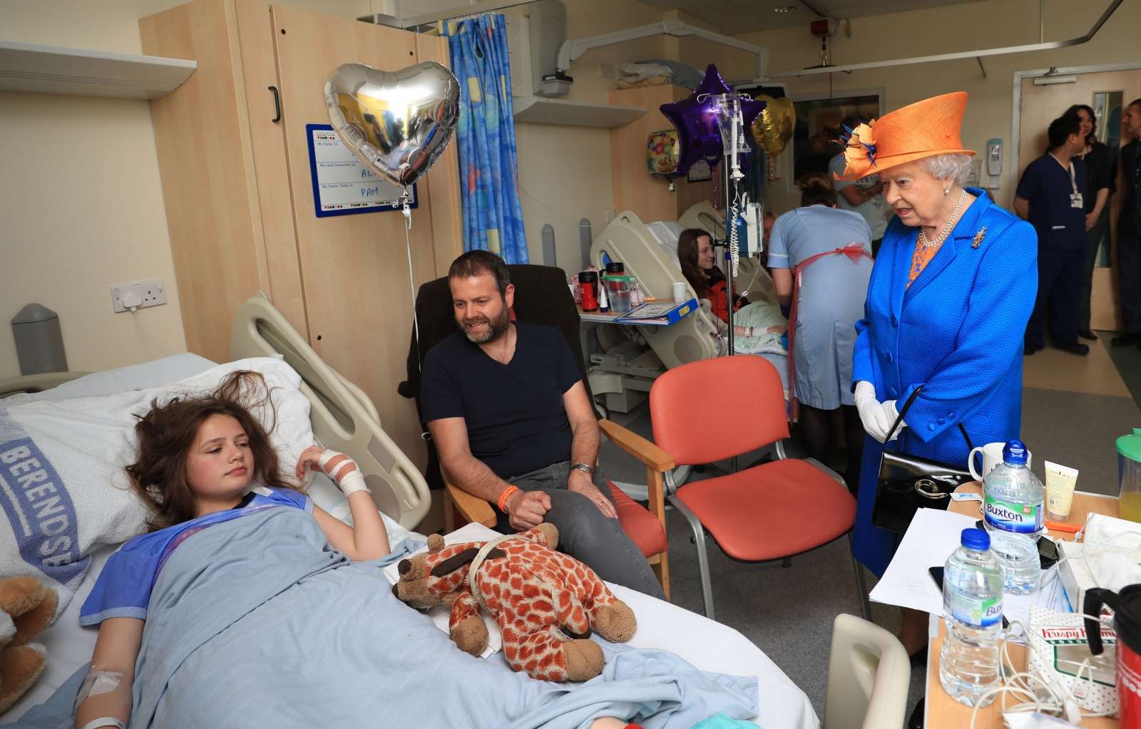 Queen Elizabeth visits bombing victims at the Royal Manchester Children's Hospital