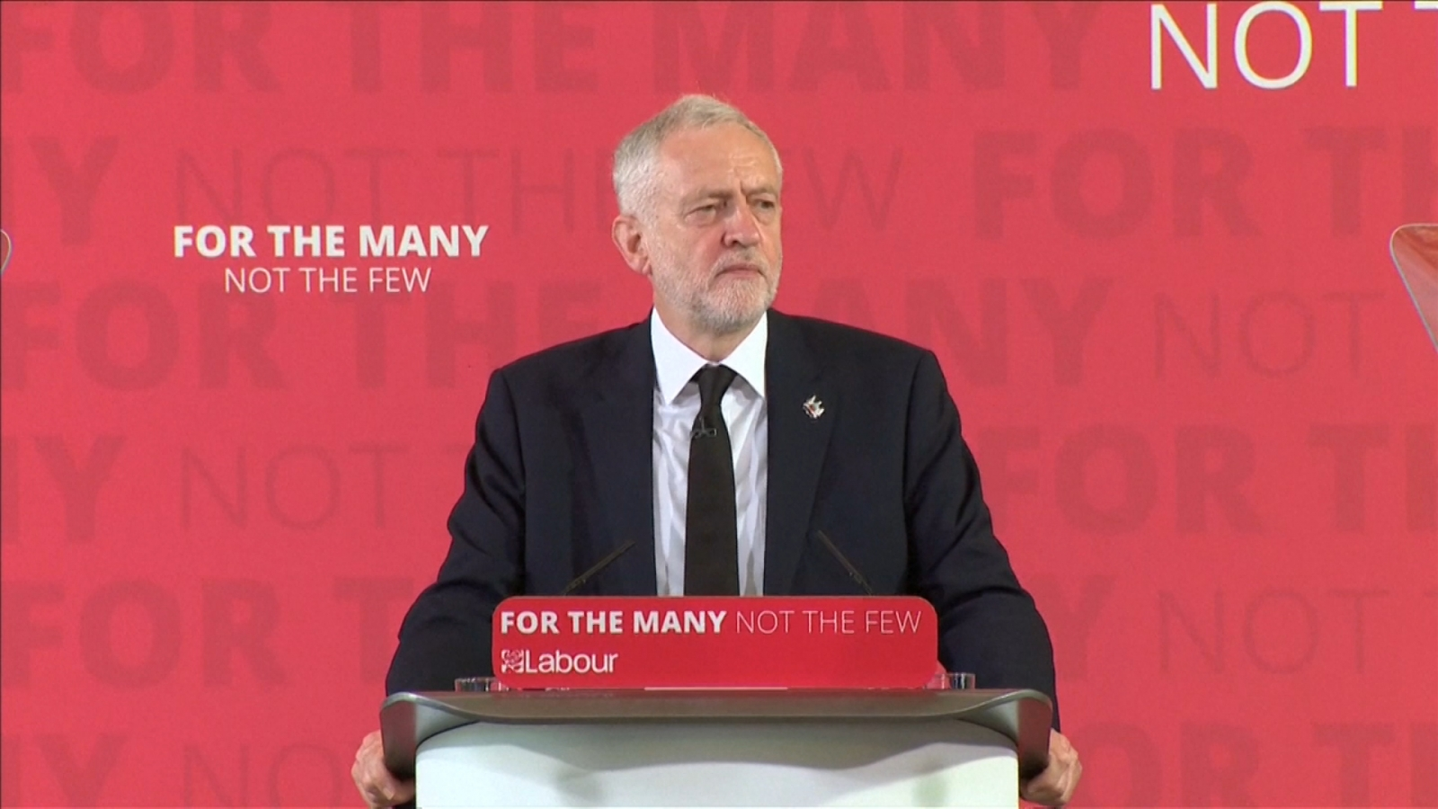 Bernie Sanders 'impressed' by United Kingdom  candidate Jeremy Corbyn
