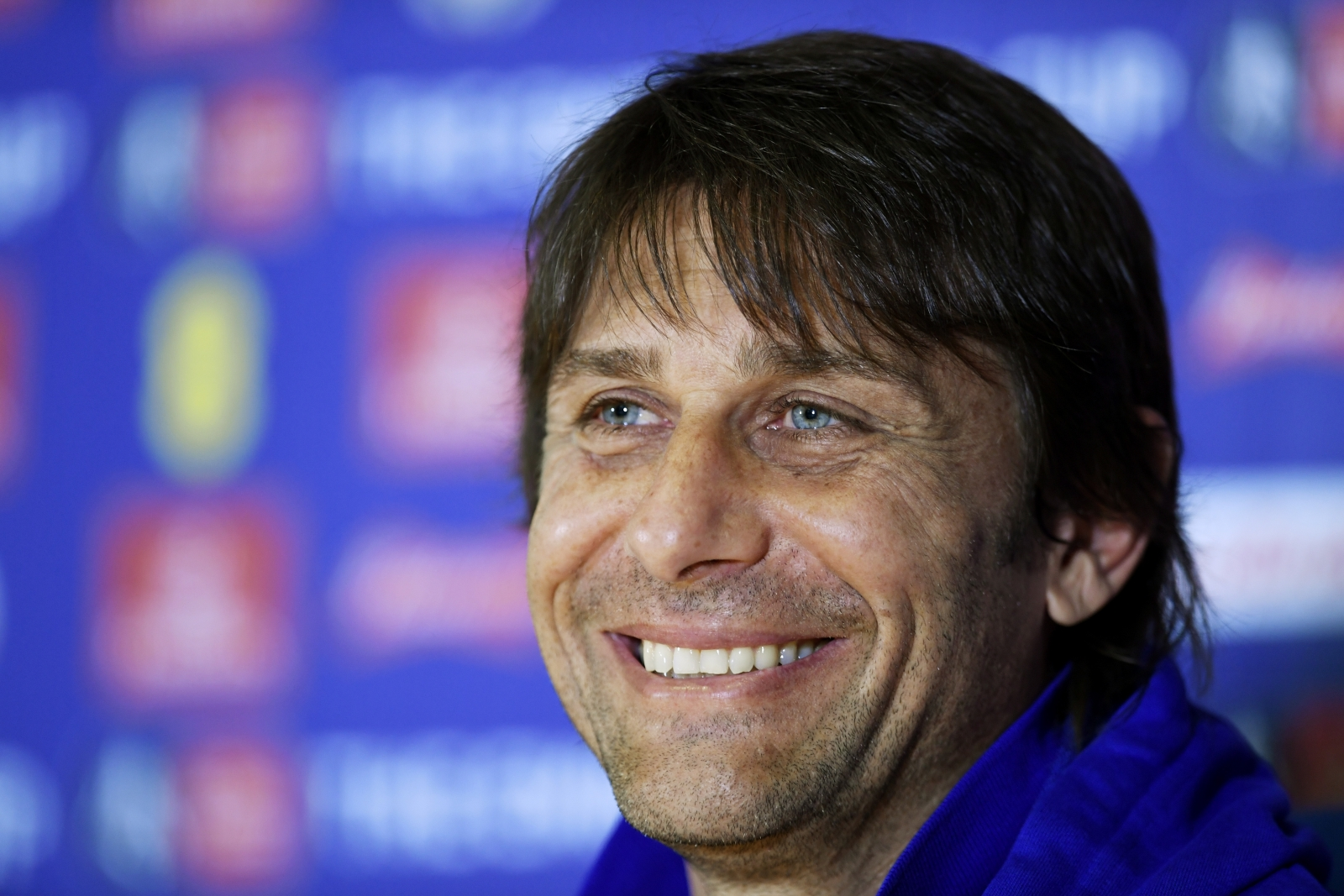 Wenger deserves to stay at Arsenal, says Conte