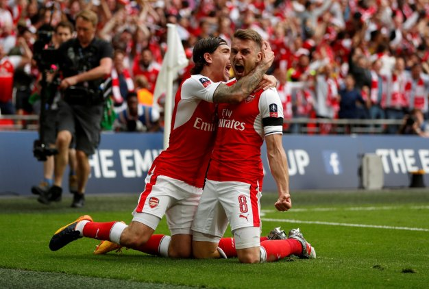 Hector Bellerin and Aaron Ramsey
