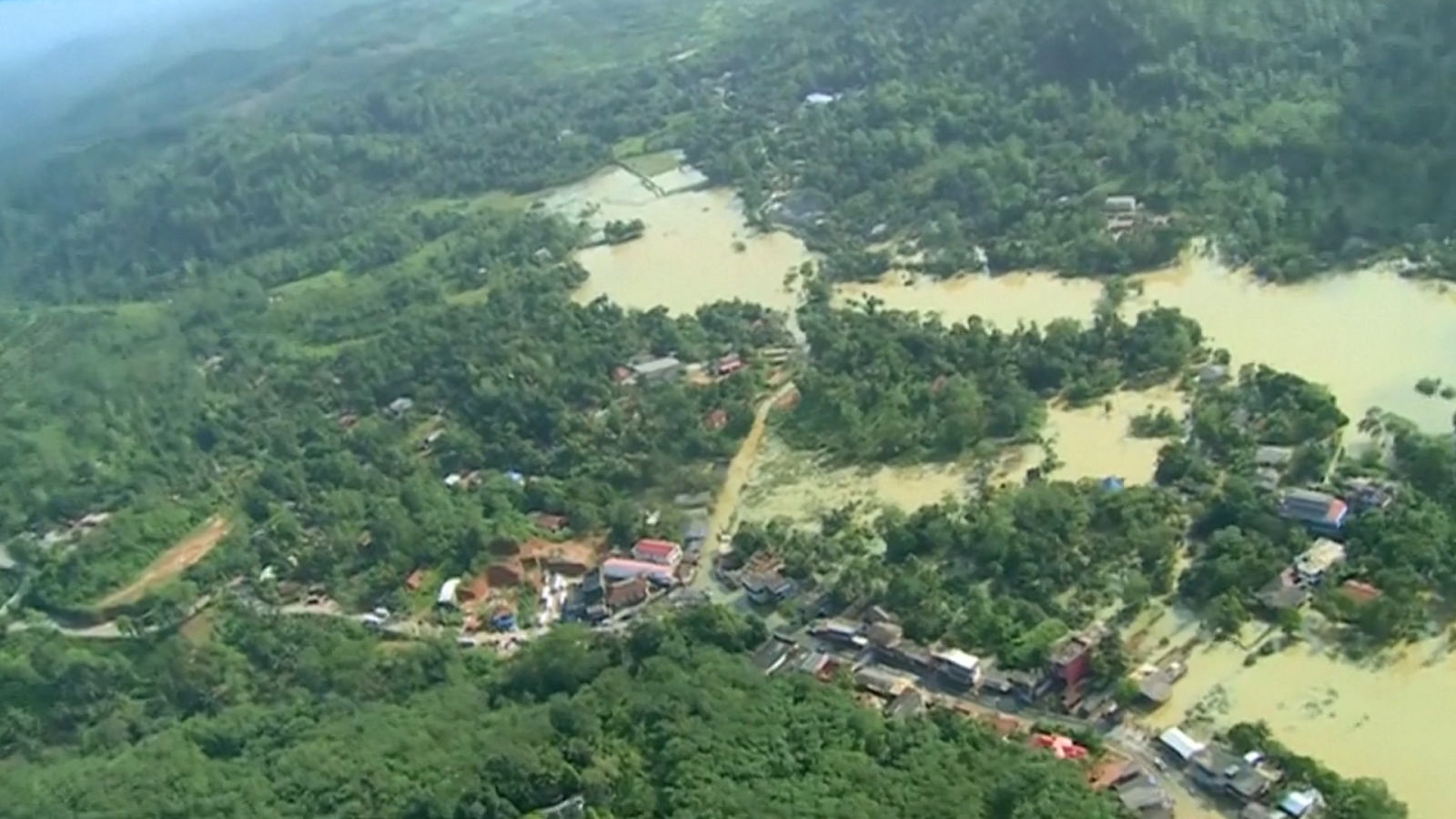 sri-lanka-more-than-140-die-in-worst-floods-since-2003