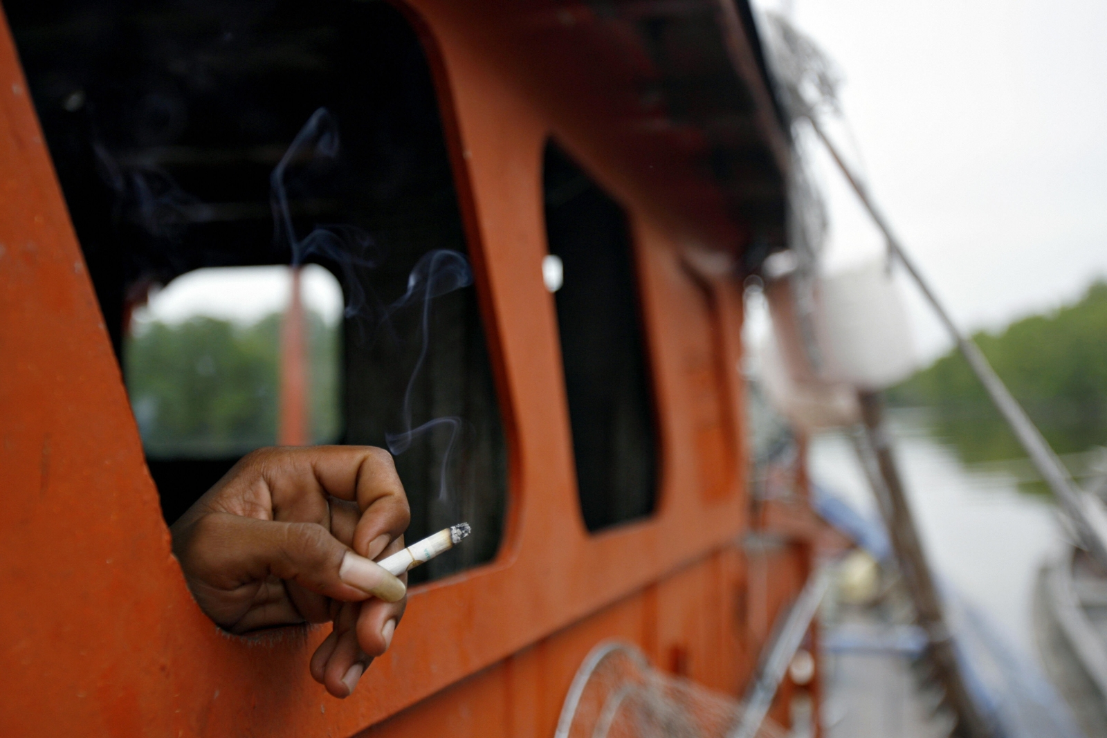 Smoking costing world economy over $1.4 tr a year