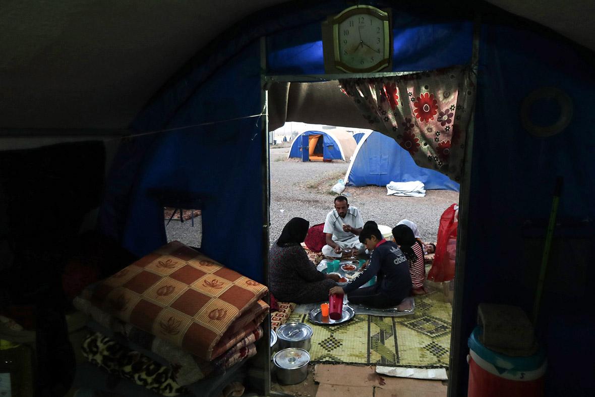 Ramadan refugee camp Iraq Zakat poor