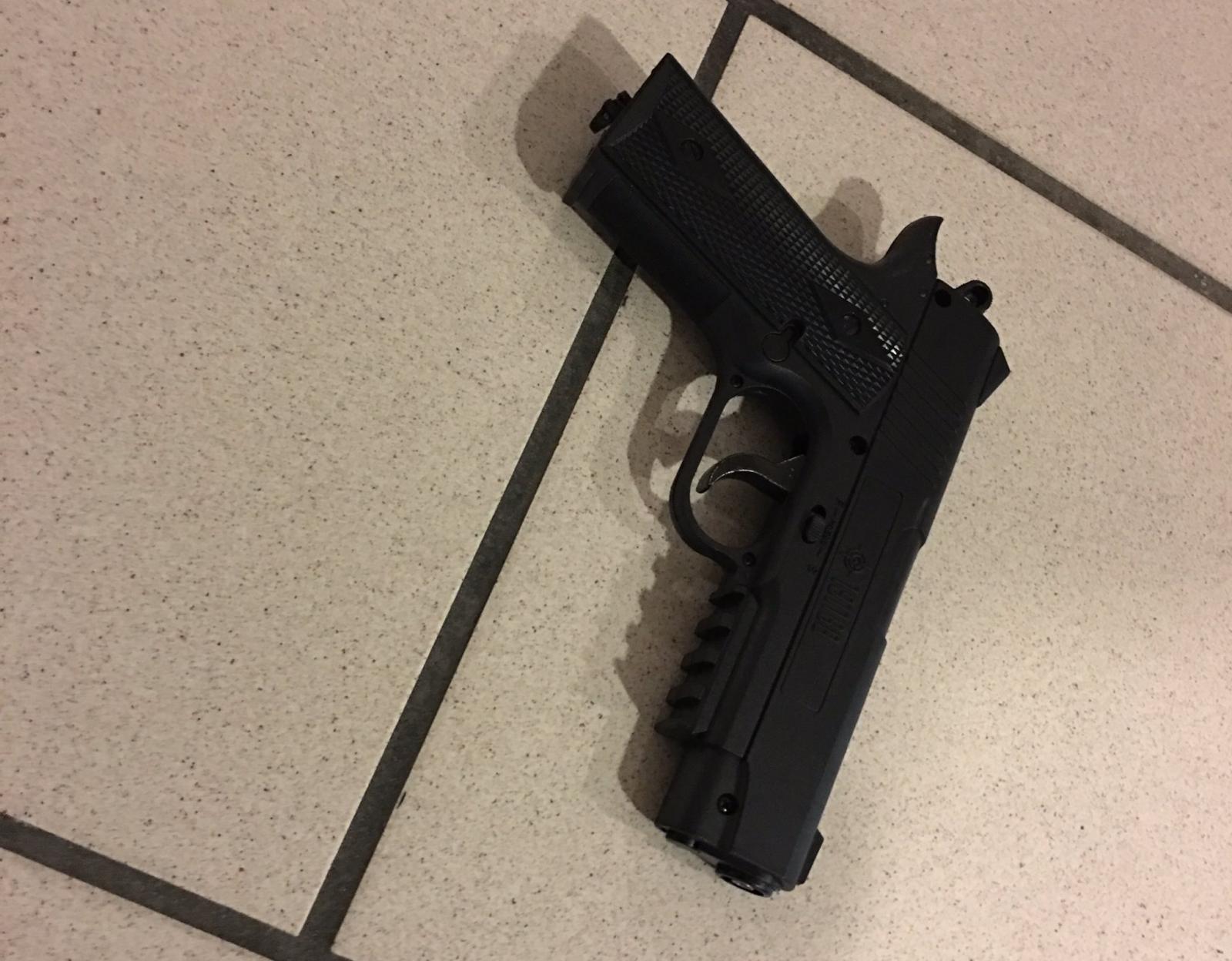 Gunman at Orlando airport