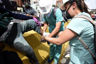 Venezuela protest volunteer medics