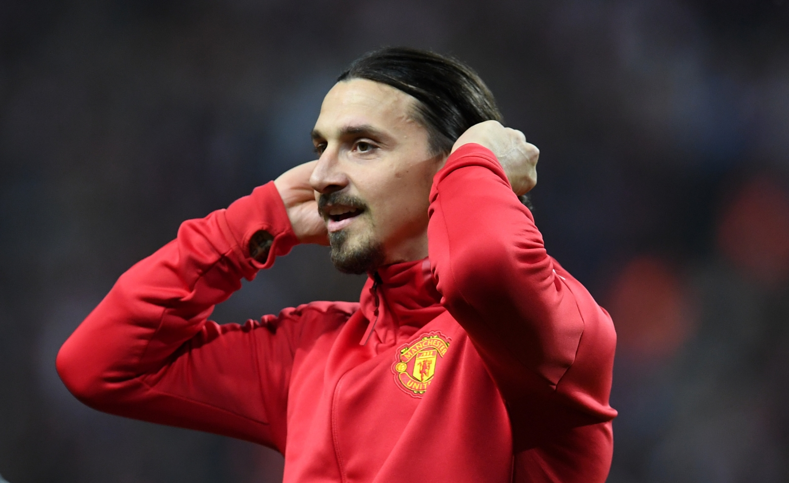 Zlatan Ibrahimovic to talk with Manchester United, consider offers by rivals
