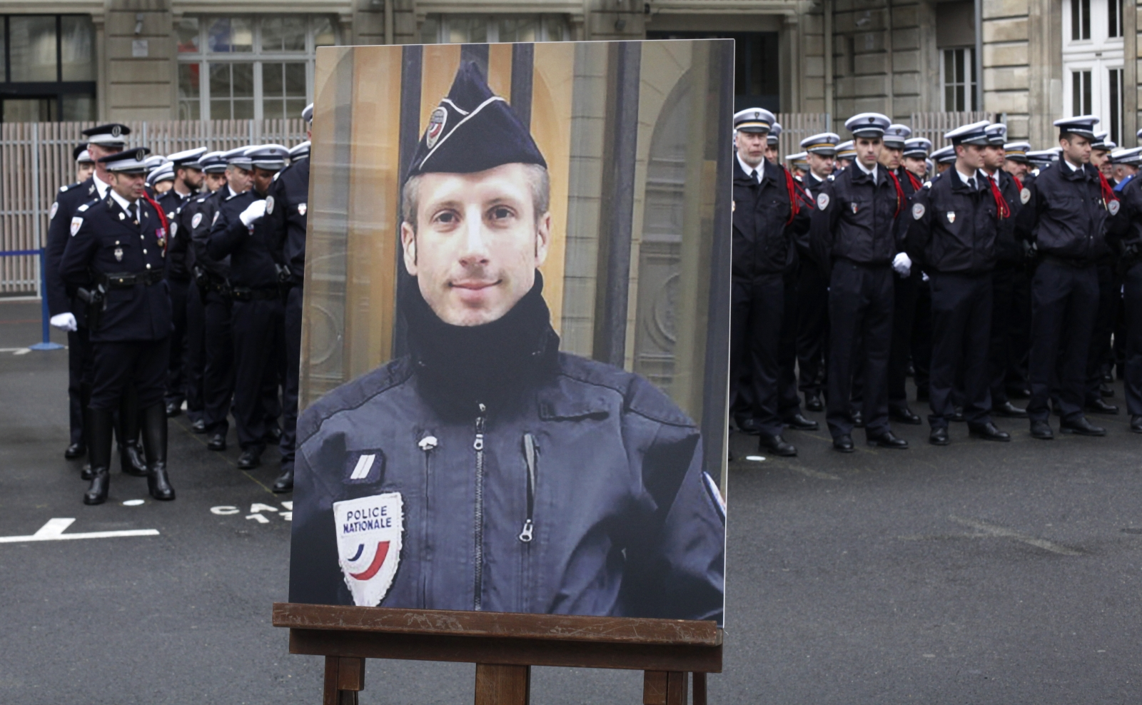 Boyfriend of policeman murdered in Paris terror attack marries him posthumously