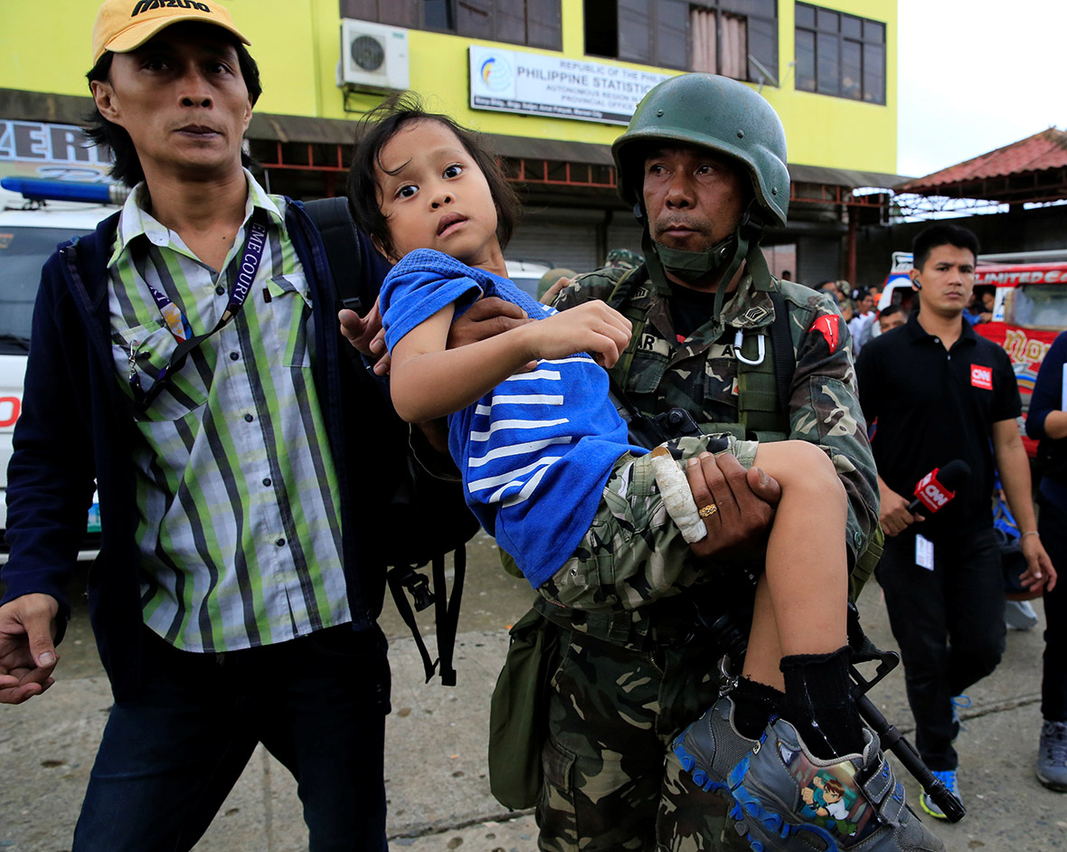 Marawi residents rescued