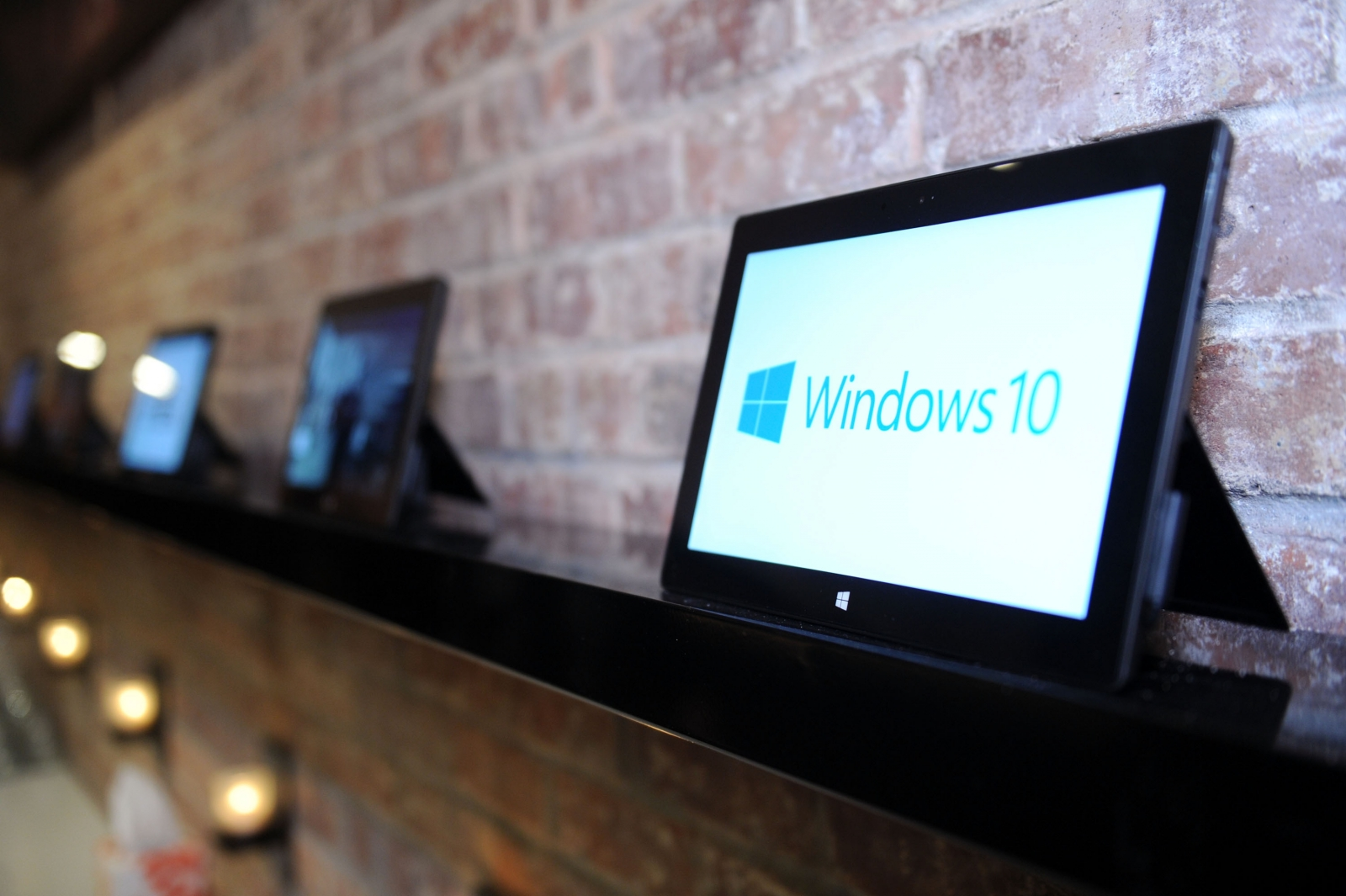 Microsoft apologised for Windows 10 builds release