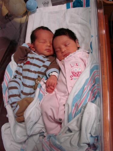 Babies born from double uterus