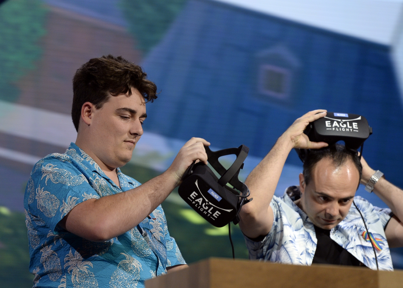 Oculus' Palmer Luckey wants to help build Trump's border wall