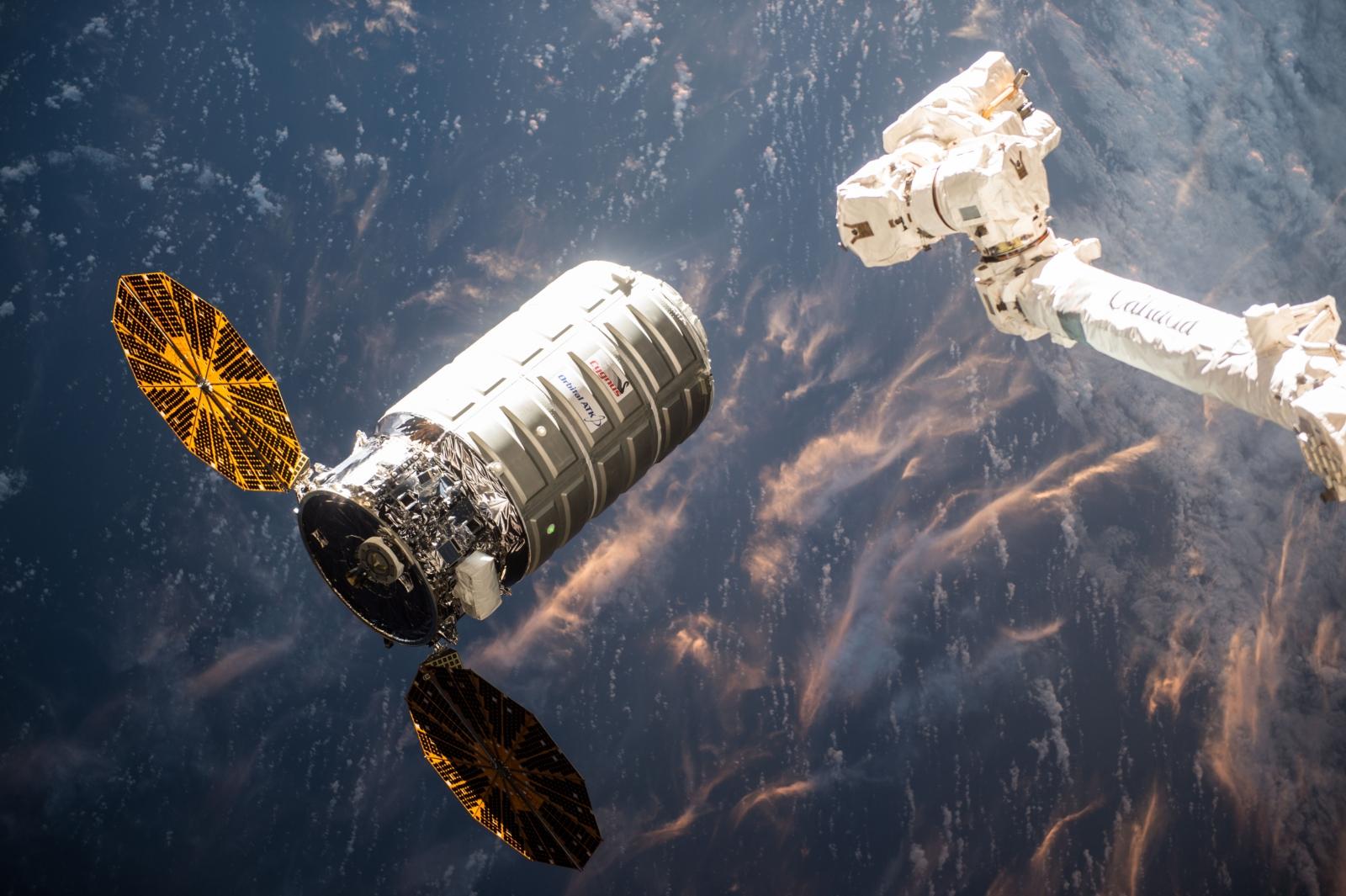 Nasa Saffire Cygnus spacecraft