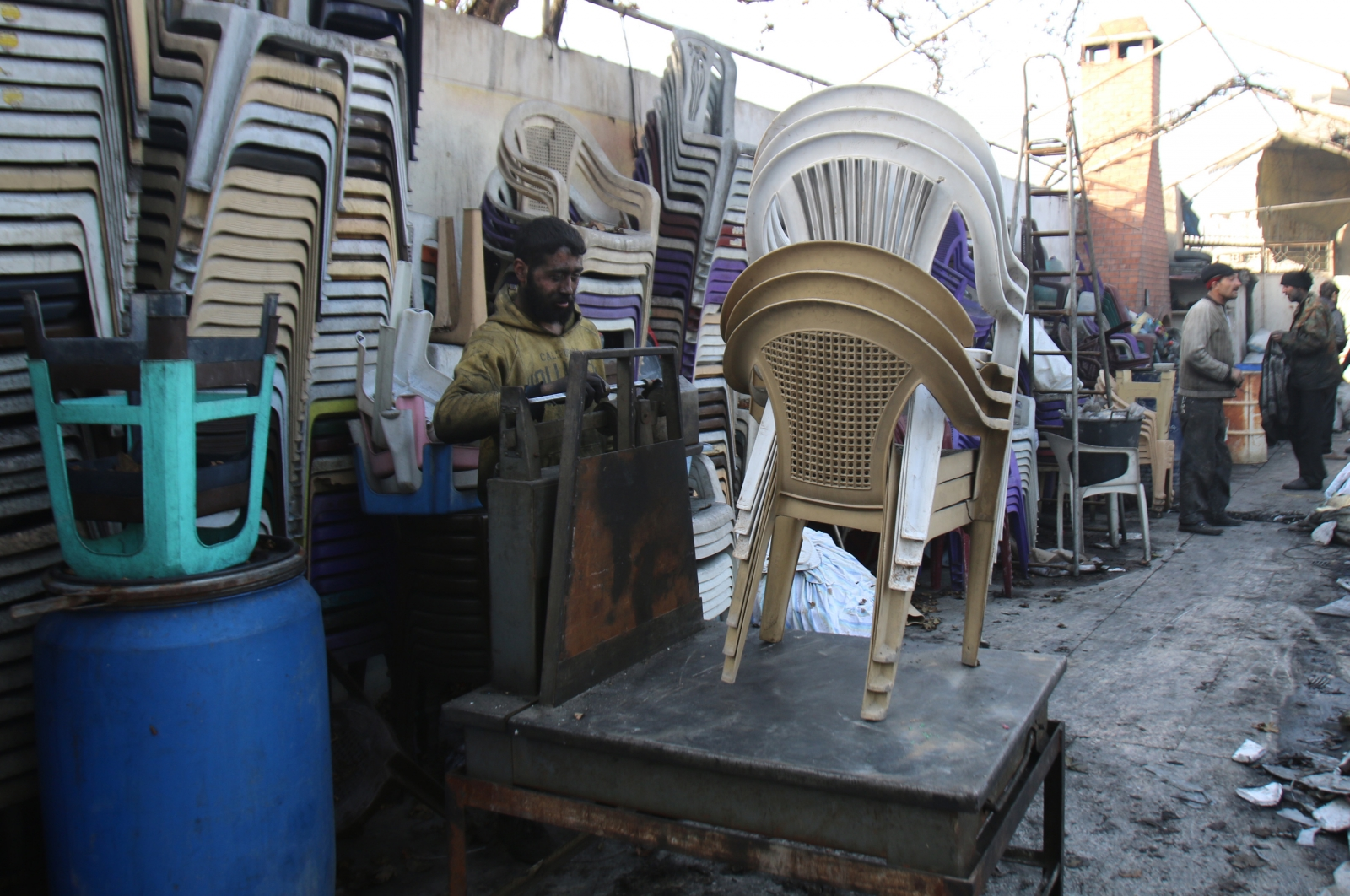2 youth accused of stealing chairs thrashed in Bihar