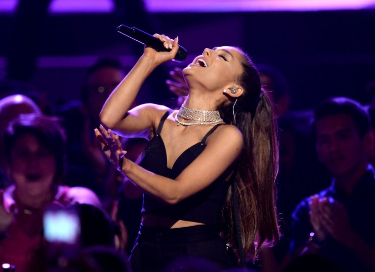 'Thinking of our angels': Tearful Ariana Grande resumes tour in Paris after Manchester terror attack