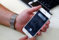 Apple Horizon machines to repair iPhone screen