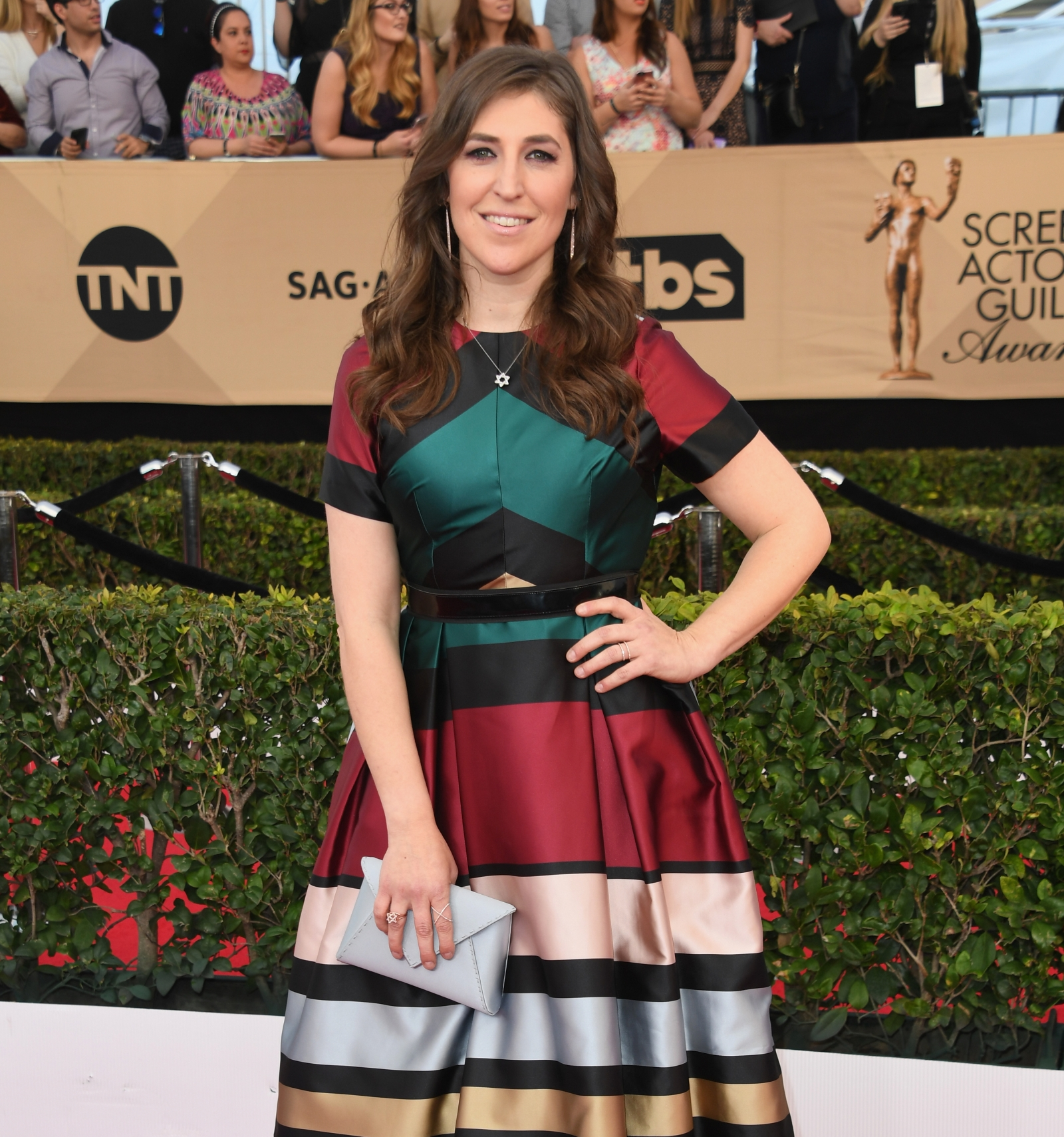 The Big Bang Theorys Mayim Bialik speaks out against