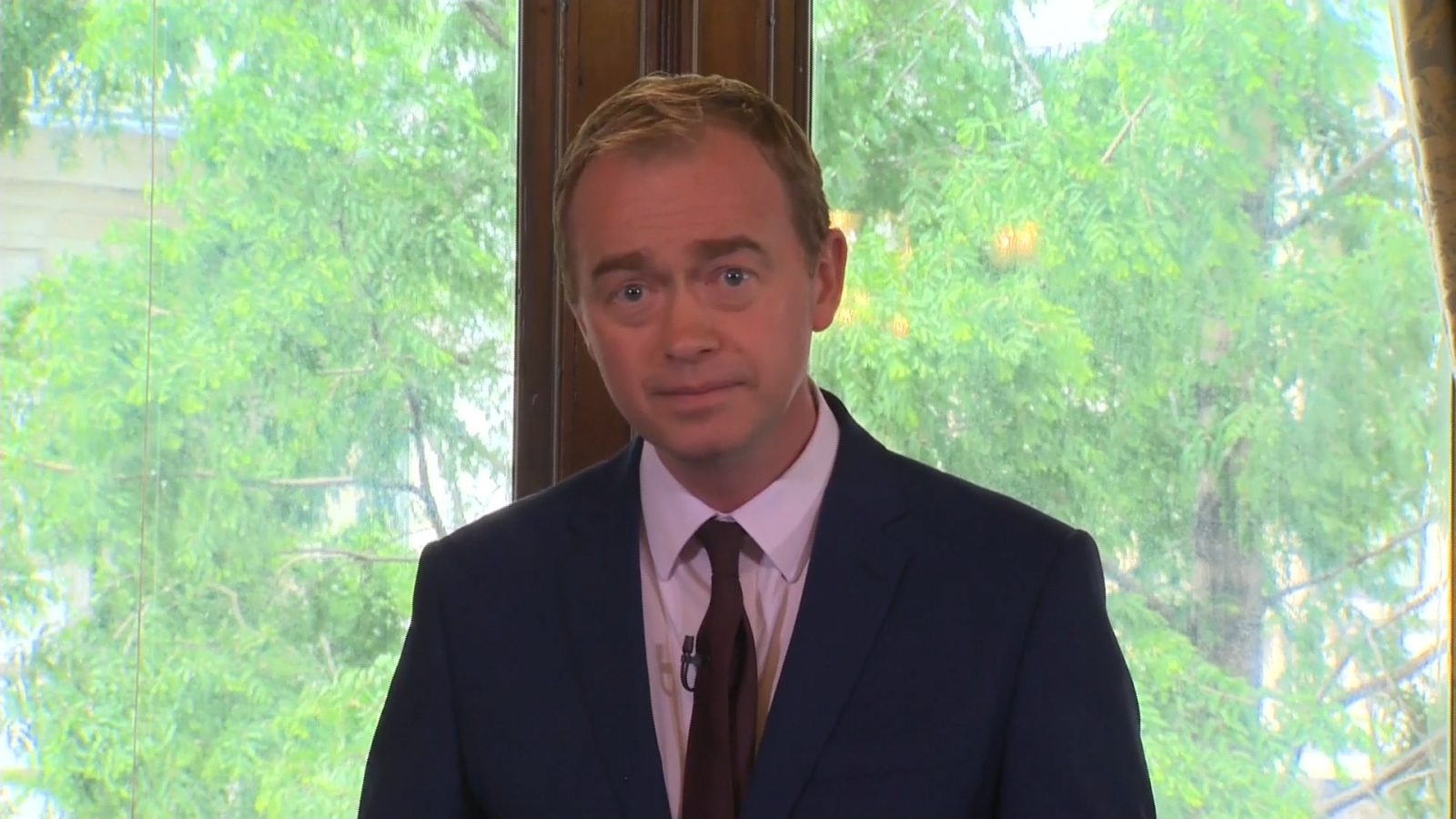 tim-farron-calls-on-theresa-may-to-resign