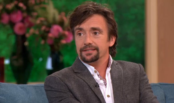 richard hammond 39 airlifted to hospital with serious injuries 39 following horror fireball car crash. Black Bedroom Furniture Sets. Home Design Ideas