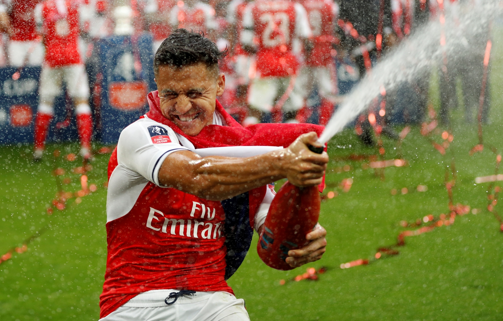 Arsenal legend Parlour: £300000-per-week for Alexis? Pay the man!