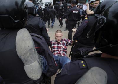 St Petersburg protest 1