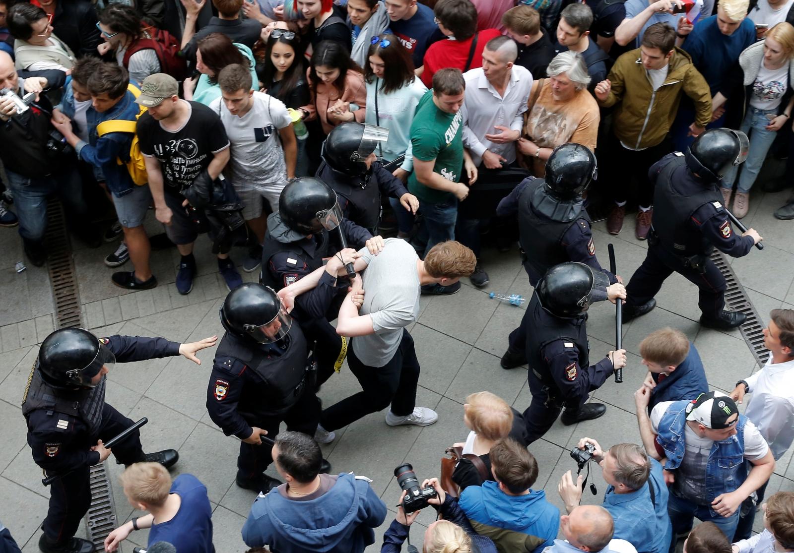 St Petersburg protest 3