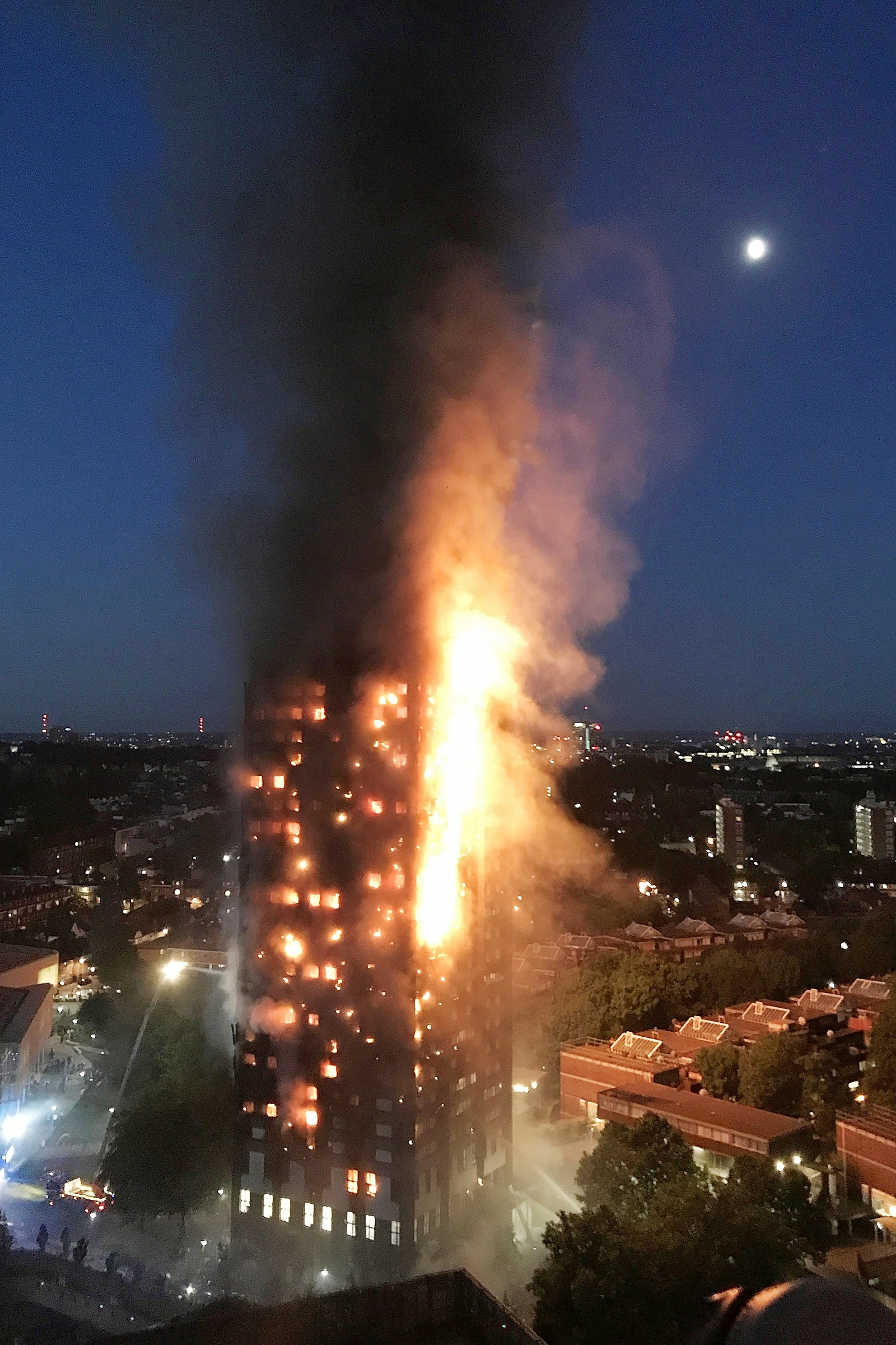 Grenfell Tower cladding burned like 51 tonnes of pinewood says fire expert