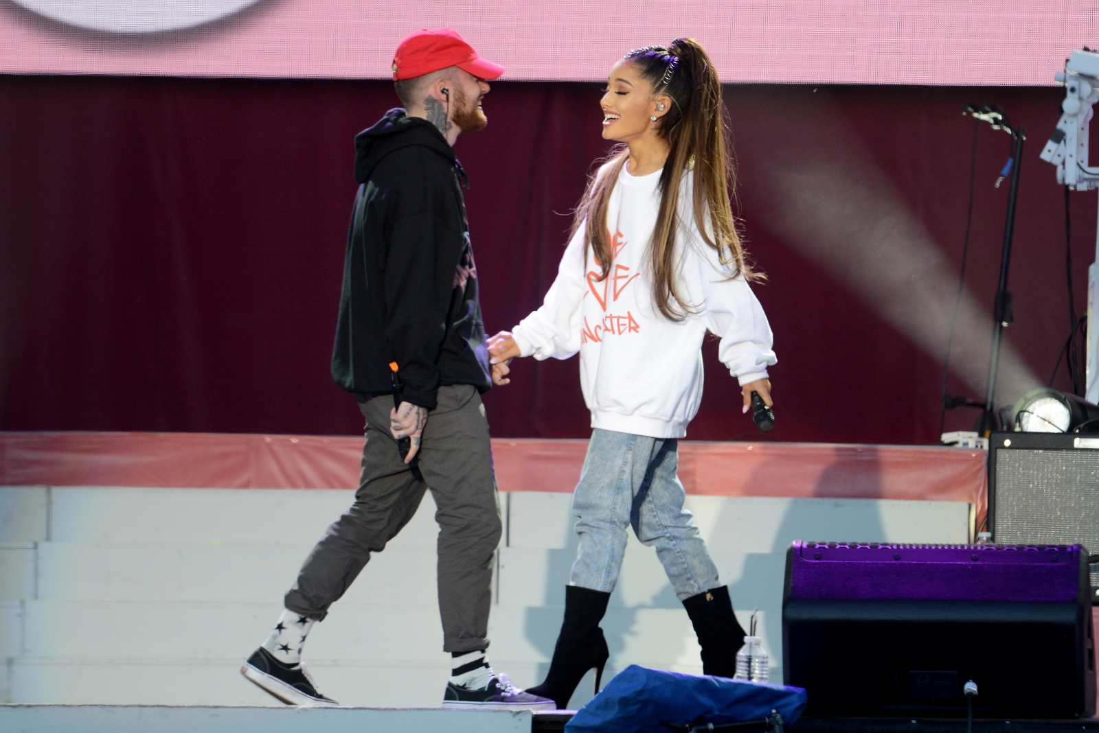 ariana grandes mother raps along to mac millers song and