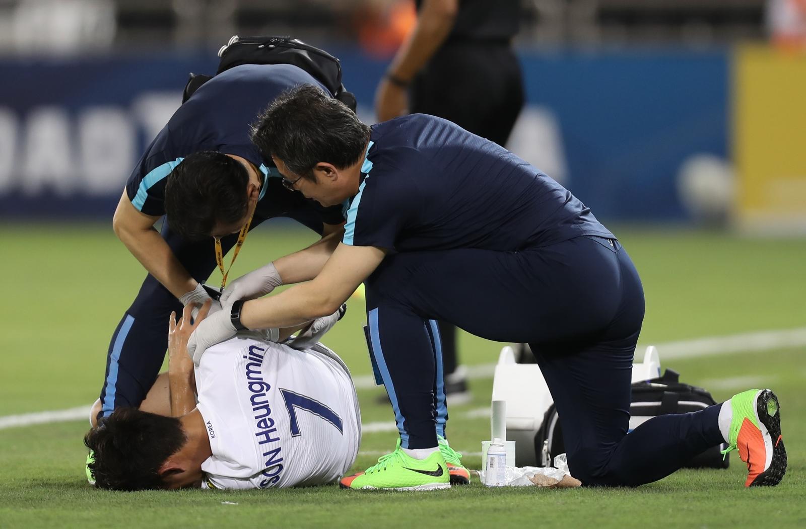 Spurs forward Son Heung-min suffers suspected broken arm
