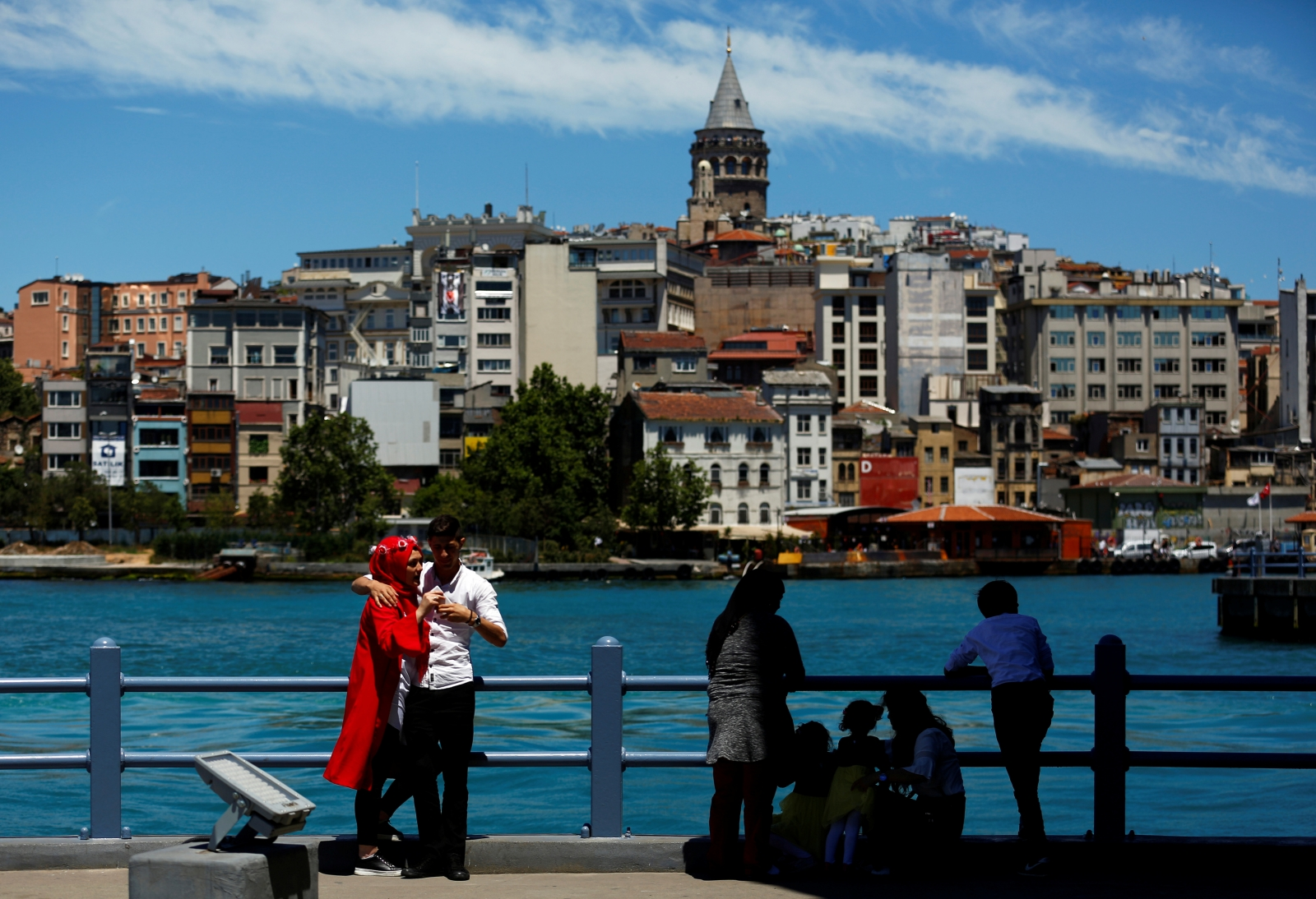 Istanbul's Bosphorus waters turned turquoise by 'plankton explosion'