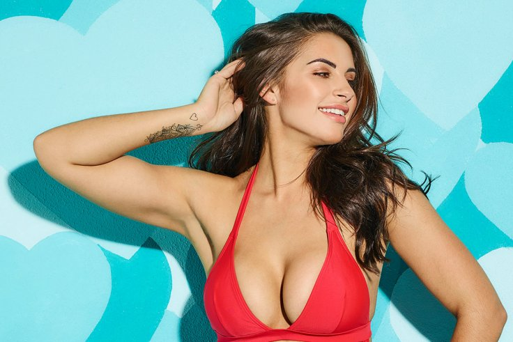 83cd1136d Love Island s Jessica Shears shows off her curves wearing just a ...