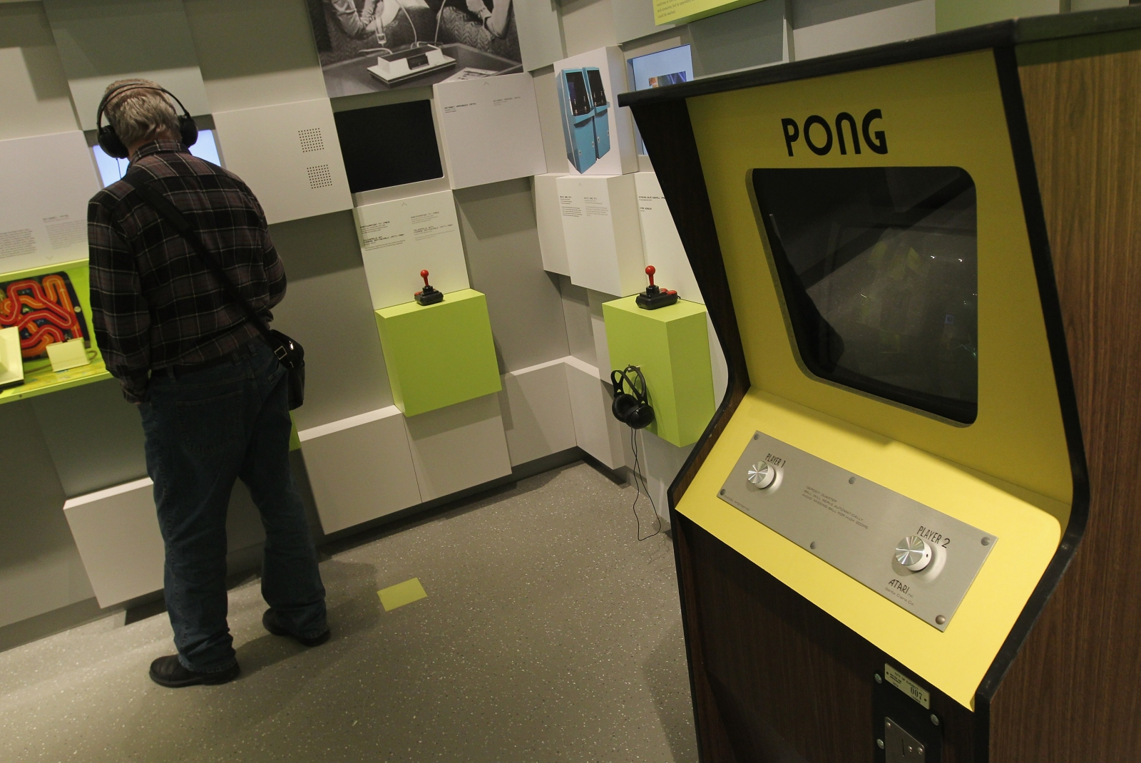 Pong retro games