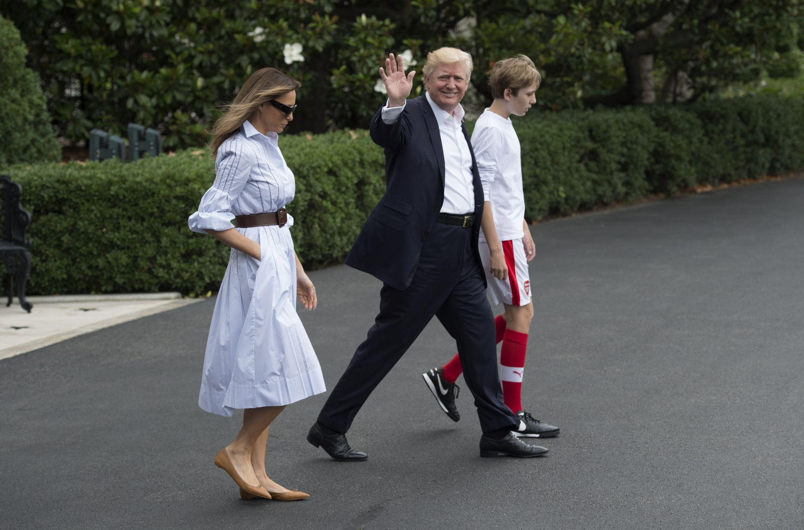Trump family head to Camp David