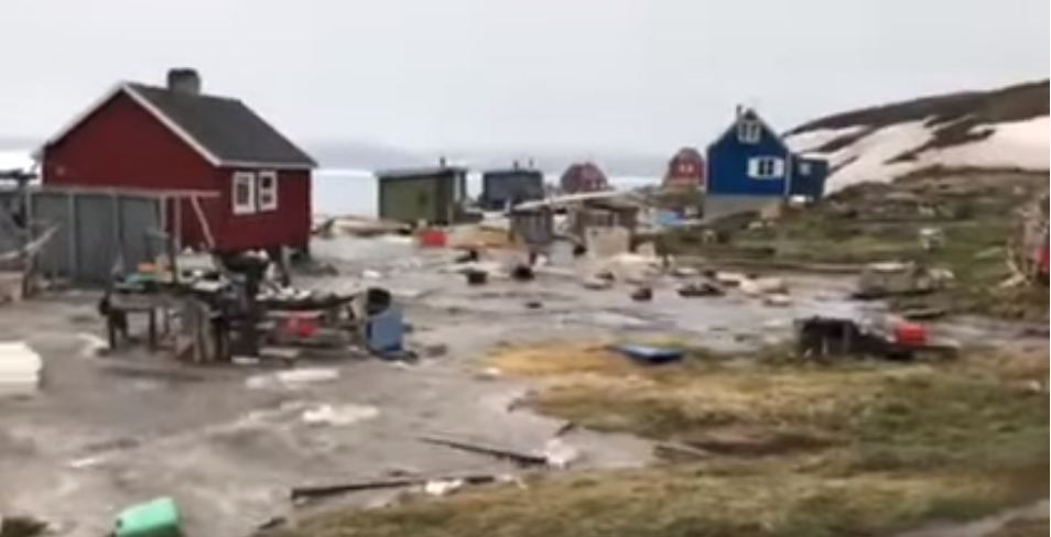 Flooding in Illorsuit, Greenland