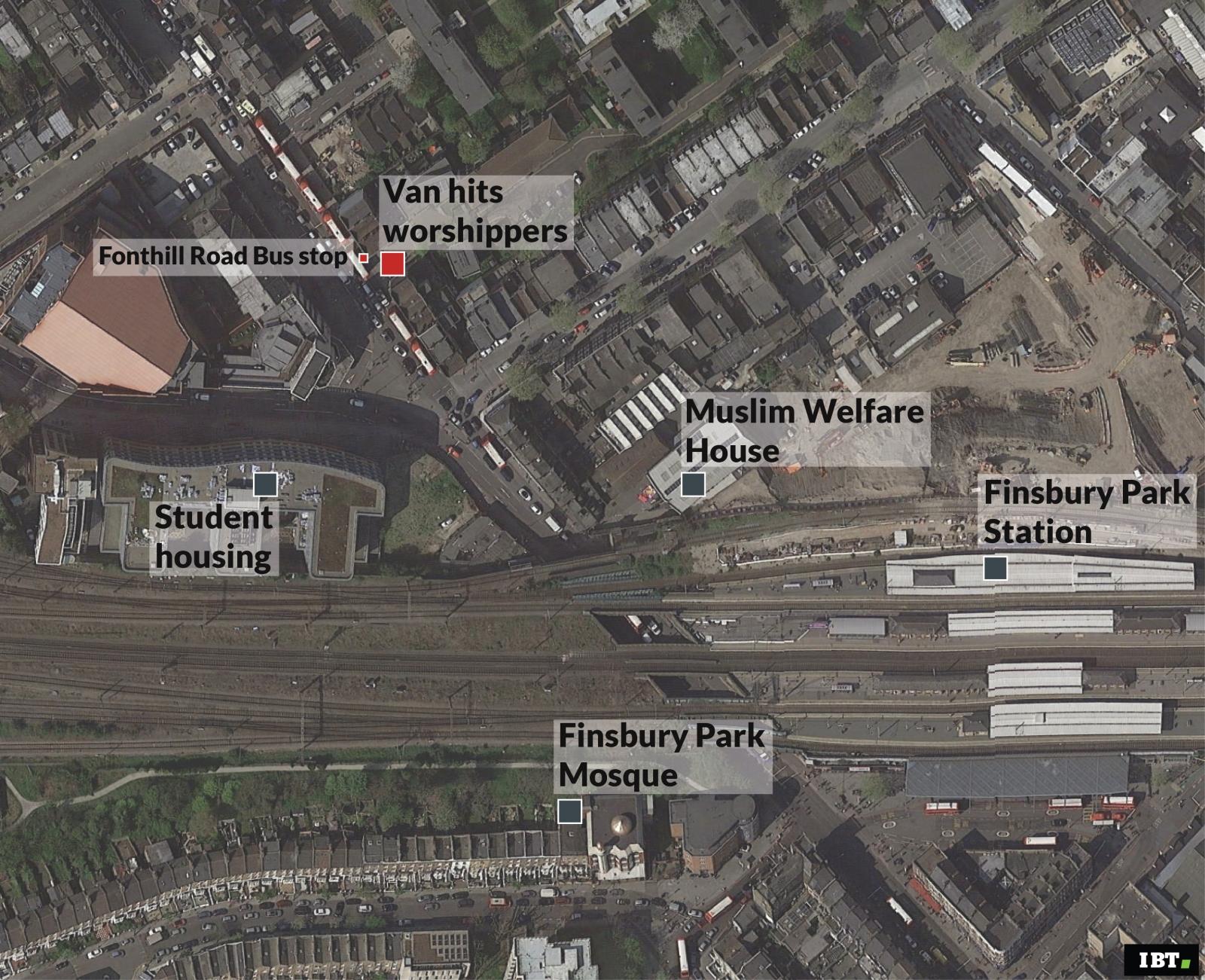 Finsbury Park: van hits warshippers
