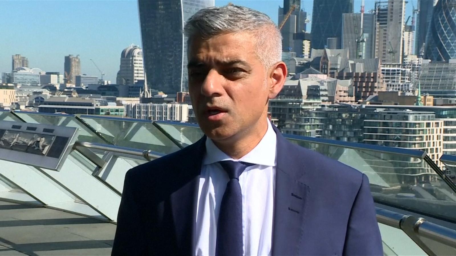 Sadiq Khan Urges Londoners To Be 'Calm But Vigilant' After Finsbury Park Mosque Attack