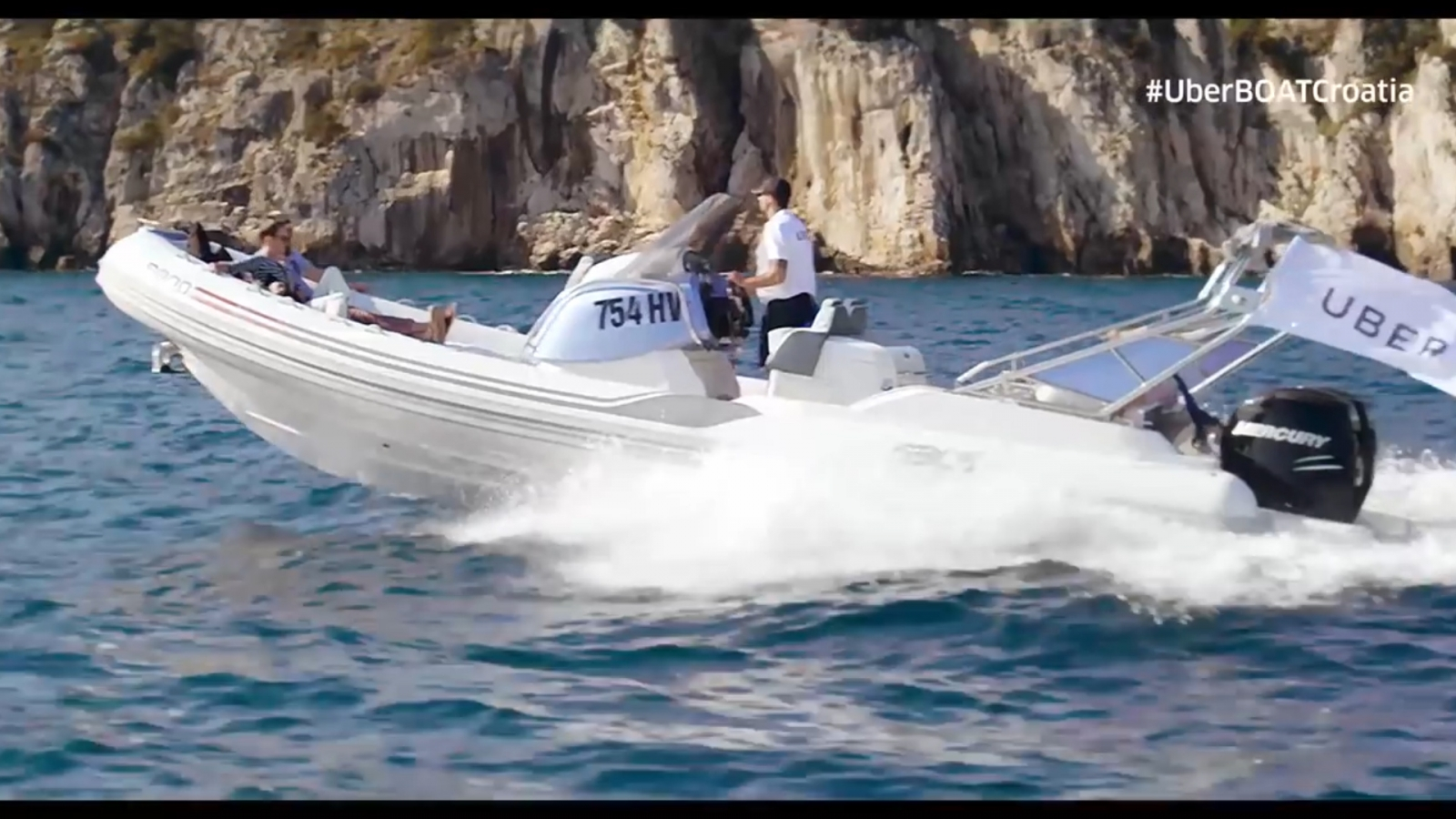 uberboat-setup-in-croatia-for-island-hoppers