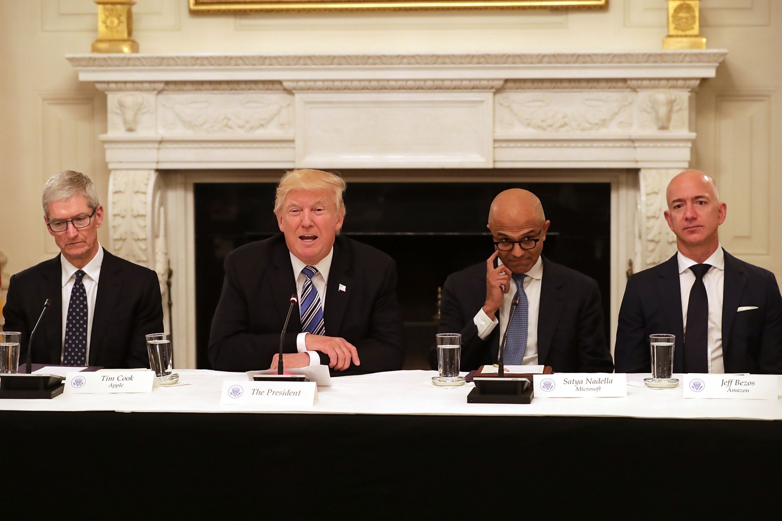 Trump holds meeting with Tech CEOs regarding government challenges