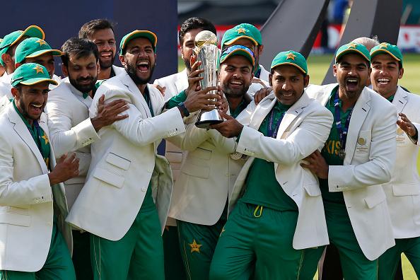 Pakistan celebrate winning the Champions Trophy