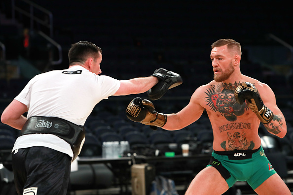 Vegas fight is 'ridiculous', says Lewis