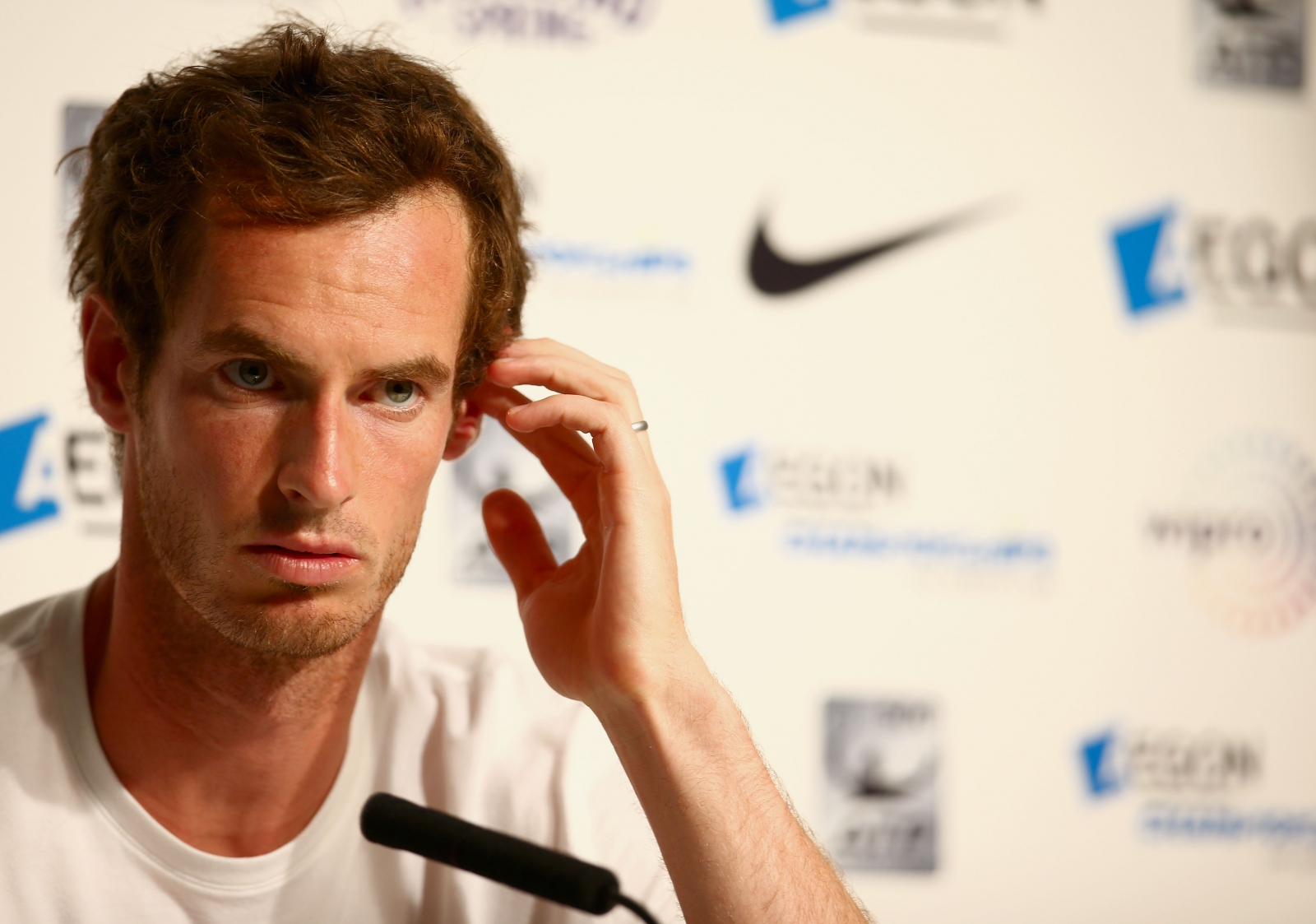 Murray: Queen's shock won't help Wimbledon preparation